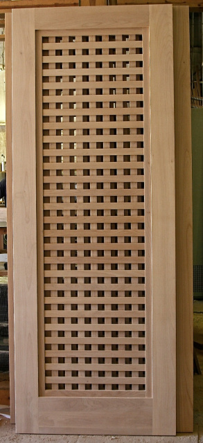 Photo 2 Select Alder Lattice